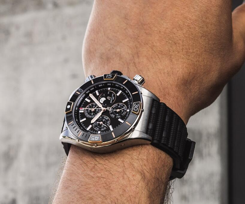 Online fake watches are perfect for the functions with the self-winding mechanical movements.
